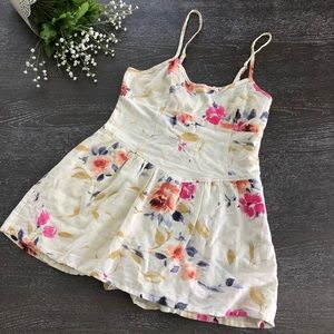 Pins and Needles Romper Short Floral Size 6